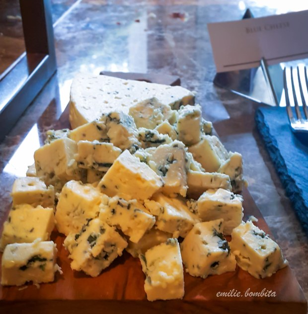 emilie-bombita-prime-experience-at-discovery-primea-tapenade-blue-cheese